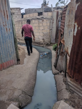 Open sewerage in Mafalala, Mafalala, Maputo.